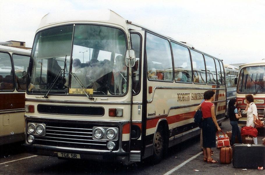 198207-North Somerset TGE5R 7-82